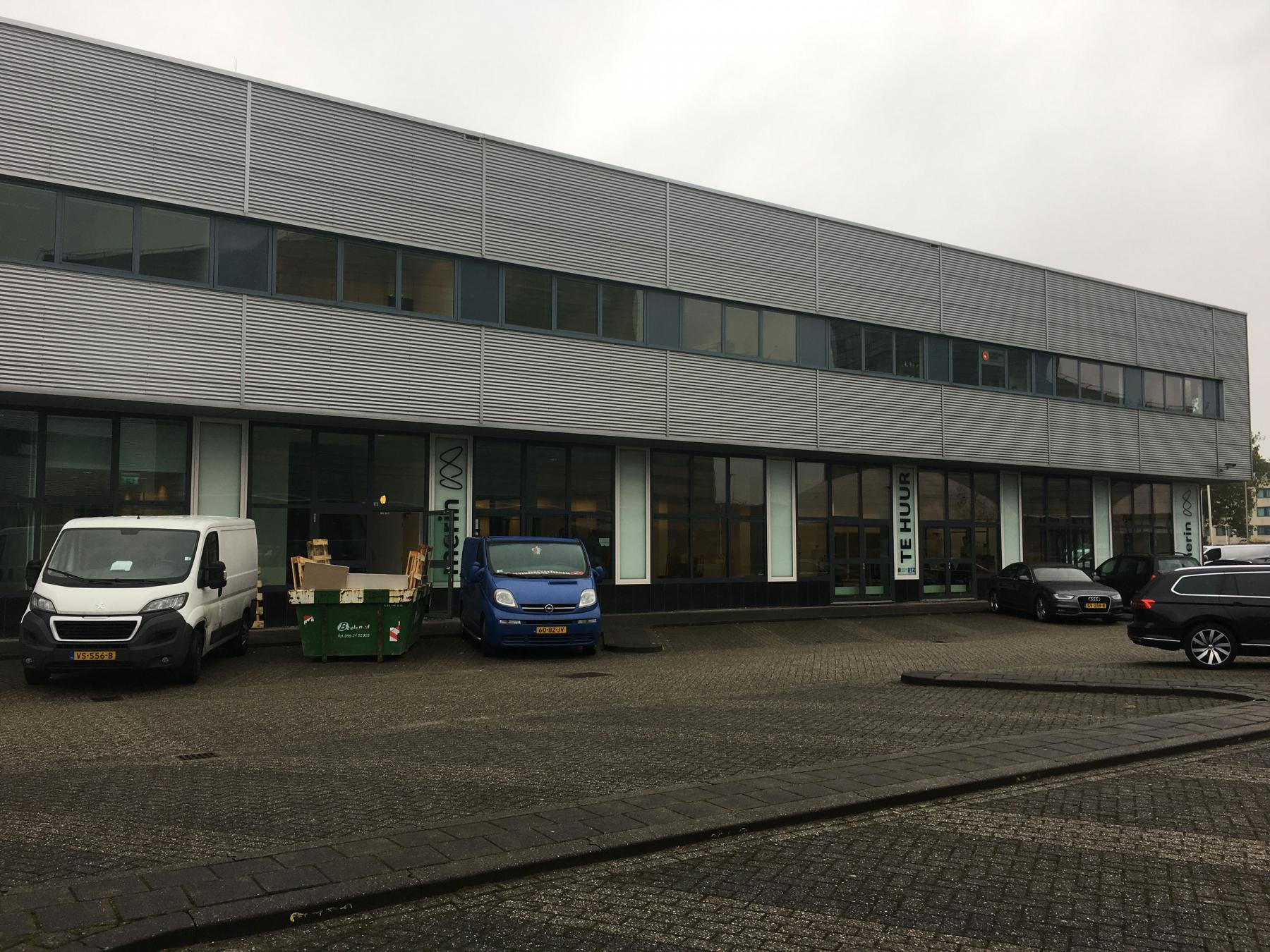 kantoorgebouw capelle rotterdam rivium boulevard parkeerruimte