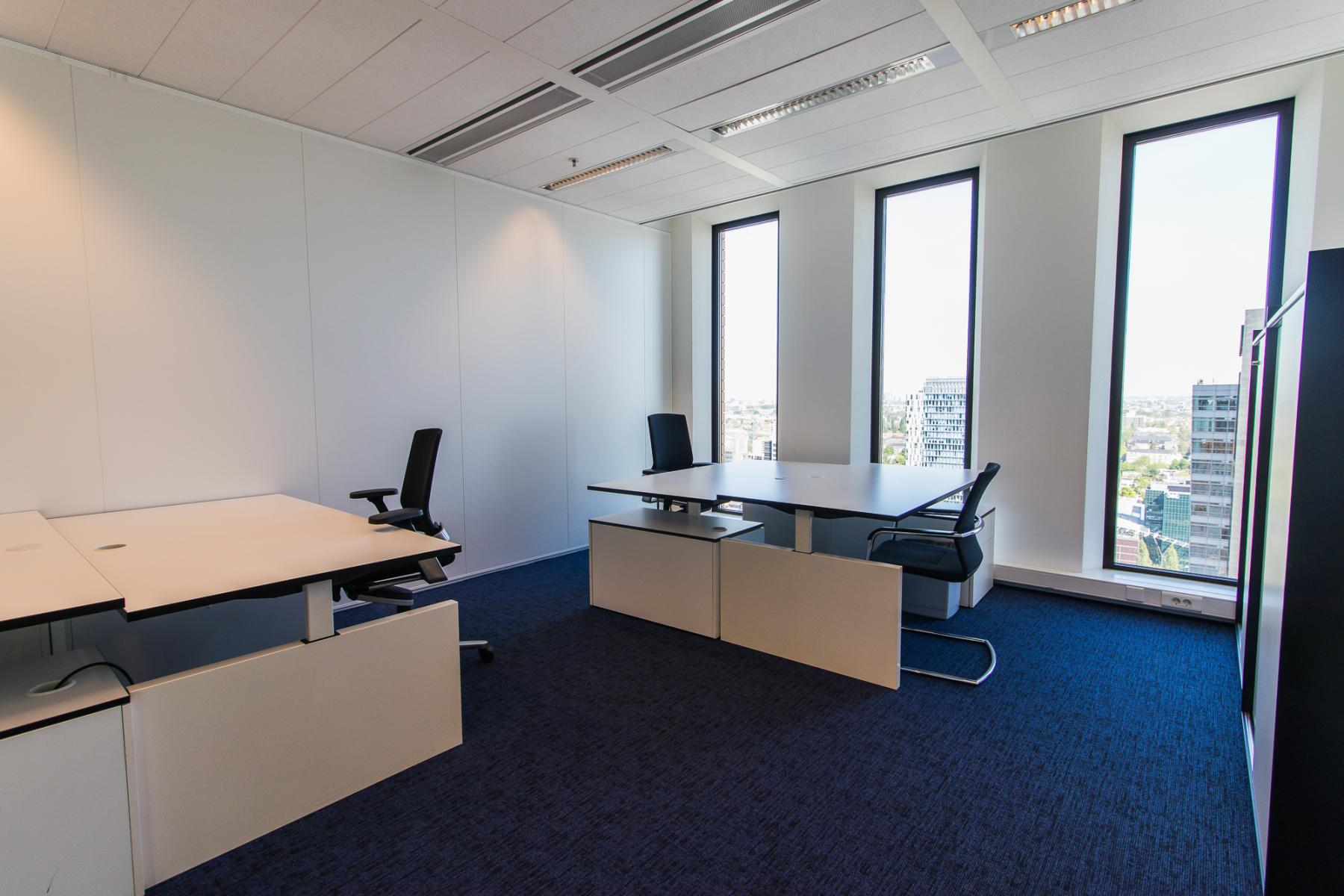 Representative office spaces for rent at the Zuidas