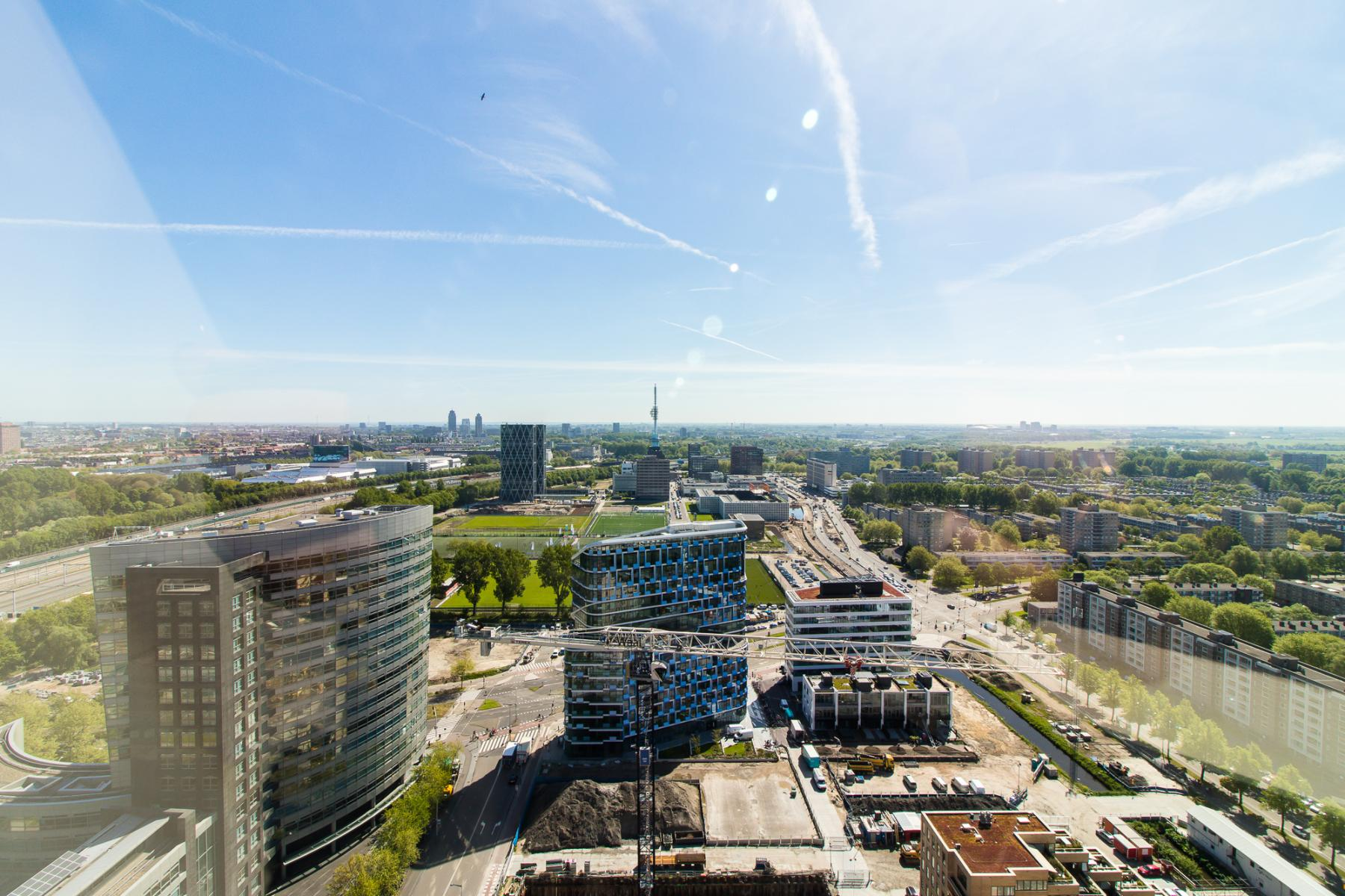 Office spaces with beautiful view over Amsterdam