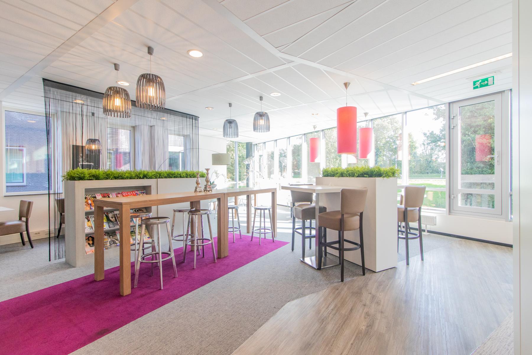 Modern ingericht kantoorpand Alkmaar