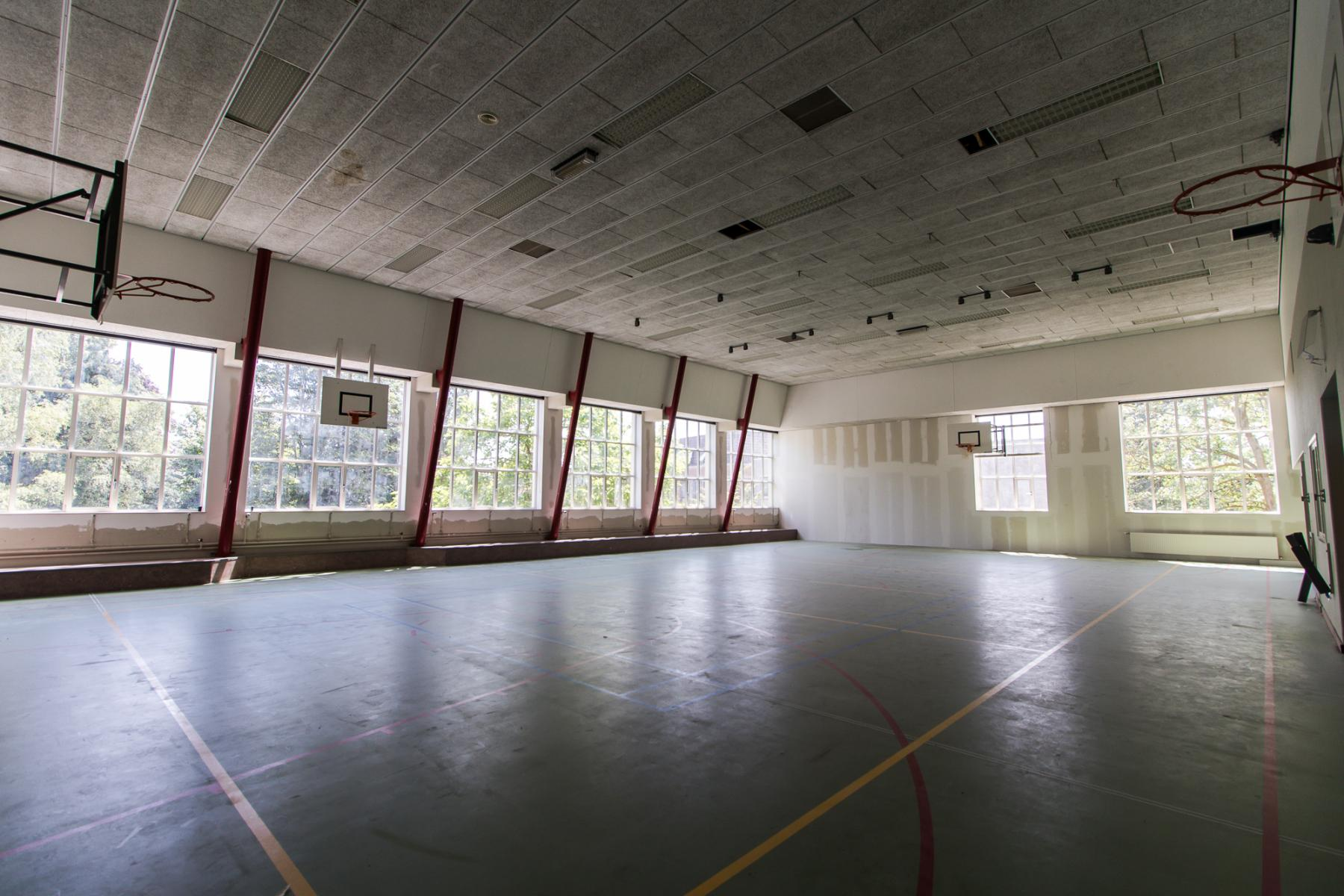 Office spaces with unique ambiance for rent