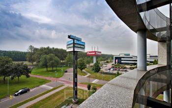 uitzicht vanuit de kantoorruimte op almere, kantoorruimte op maat vanaf 330 m2 te huur