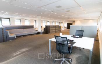 Business lounge met flexplekken