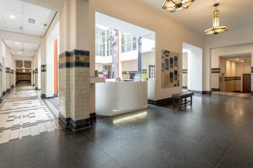 Amsterdam kantoorpand verschillende kantoren zelf in te richten