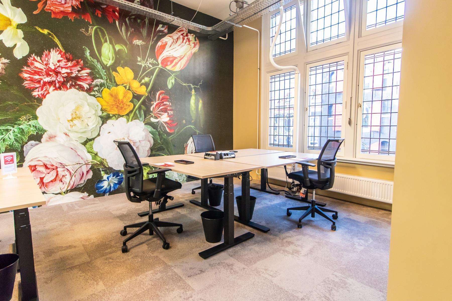 Modern ingericht kantoorpand Amsterdam