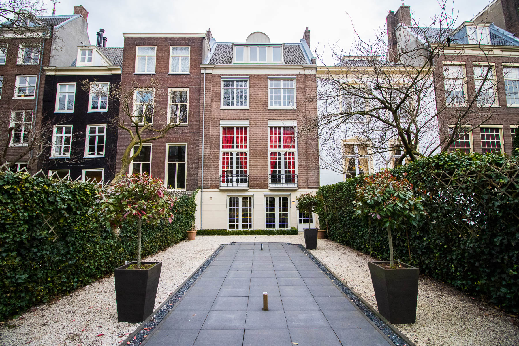 Amsterdams kantoorpand met ruime tuin