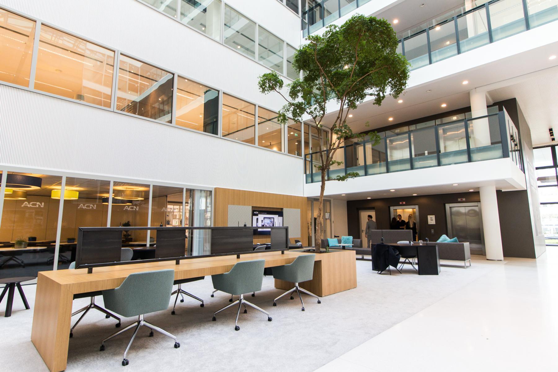 Modern flexible work spaces Amsterdam