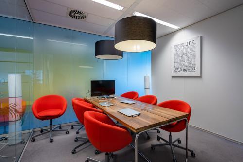 Rent office space Naritaweg 108, Amsterdam (2)