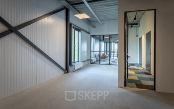 Verschillende formaat kantoorruimtes zelf in te richten Amsterdam