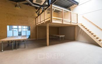 Modern office space for rent at the Isolatorweg in Amsterdam