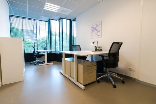 Light and spacious office rooms for rent in Amsterdam