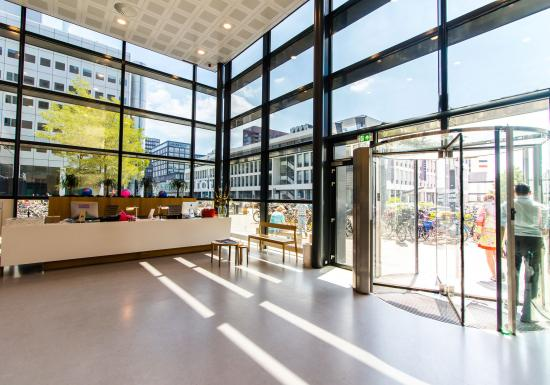 Office spaces and flexdesks for rent in Amsterdam