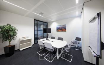 kantoorruimte kantoorkamer kantoorpand vergaderruimte vergaderkamer