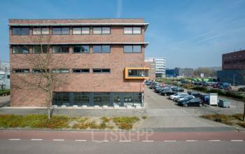 kantoorpand in Amsterdam aan de Paasheuvelweg kantoorruimte huren