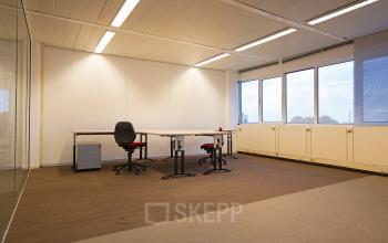 werkplek huren aan karspeldreef in amsterdam met uitzicht