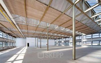 onbebouwde kantoorruimte huren aan de Distelweg in Amsterdam