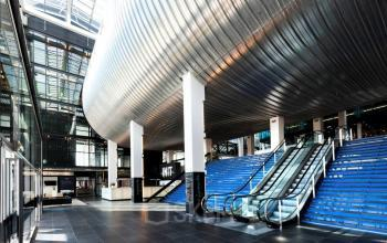 amsterdam centrum kantoorgebouw trappenhuis modern jacob bontiusplaats