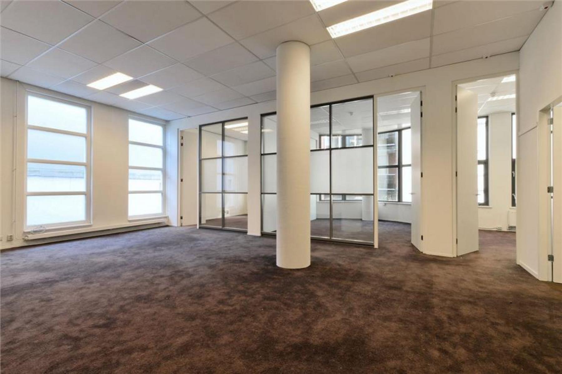 kantoorruimte op maat witte paal ramen in te richten amsterdam prinsengracht huren SKEPP
