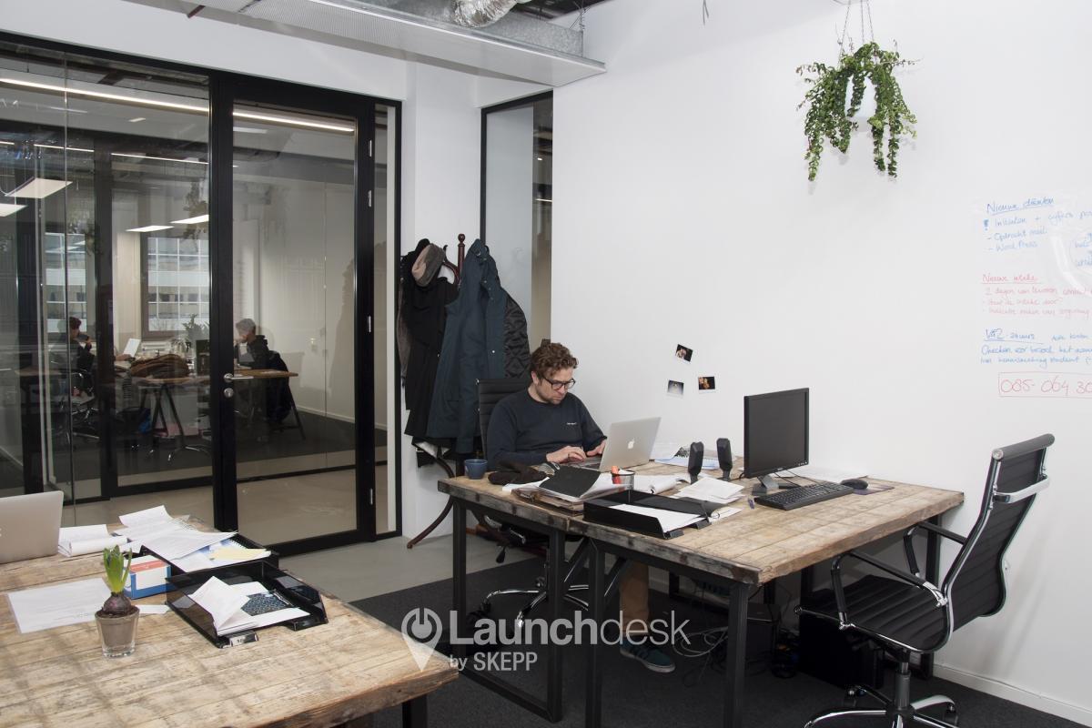 Klein Kantoor Inrichten : Office space amstelstation amsterdam oost launchdesk
