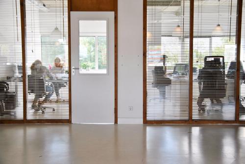 deur muur afsluitbaar kantoorruimte kantoorkamer