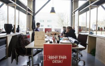 working places for rent in amsterdam shared office room