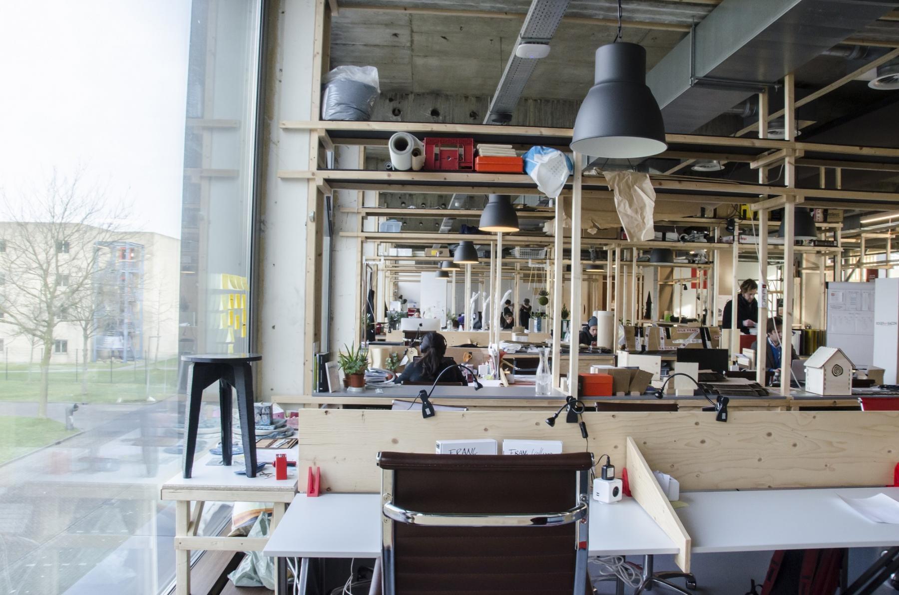 creative office space work wood