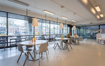 Kantine lunchroom pauze ruimte Arnhem dichtbij Centraal station parkeren mogelijk