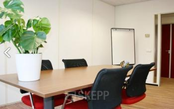 coachruimte spreekruimte vergaderruimte presentatieruimte tafel stoelen flipover arnhem vlamoven