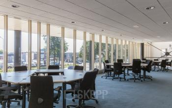 working places for rent round table big windows