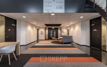 kantoorruimte kantoorkamer kantoorpand best de waal gratis parkeren eindhoven tilburg den bosch waalwijk ingericht zelf in te richten