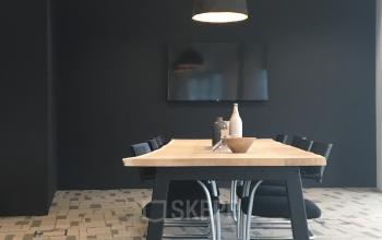 gemeenschappelijke ruimte lunchtafel huur kantoorruimte capelle aan den ijssel vlakbij rotterdam
