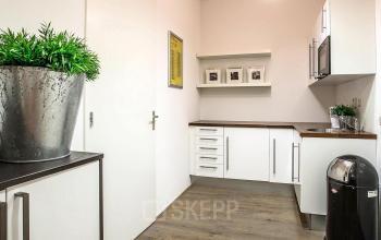 moderne pantry aanwezig kantoorpand deventer zweedsestraat kantoorruimte te huur