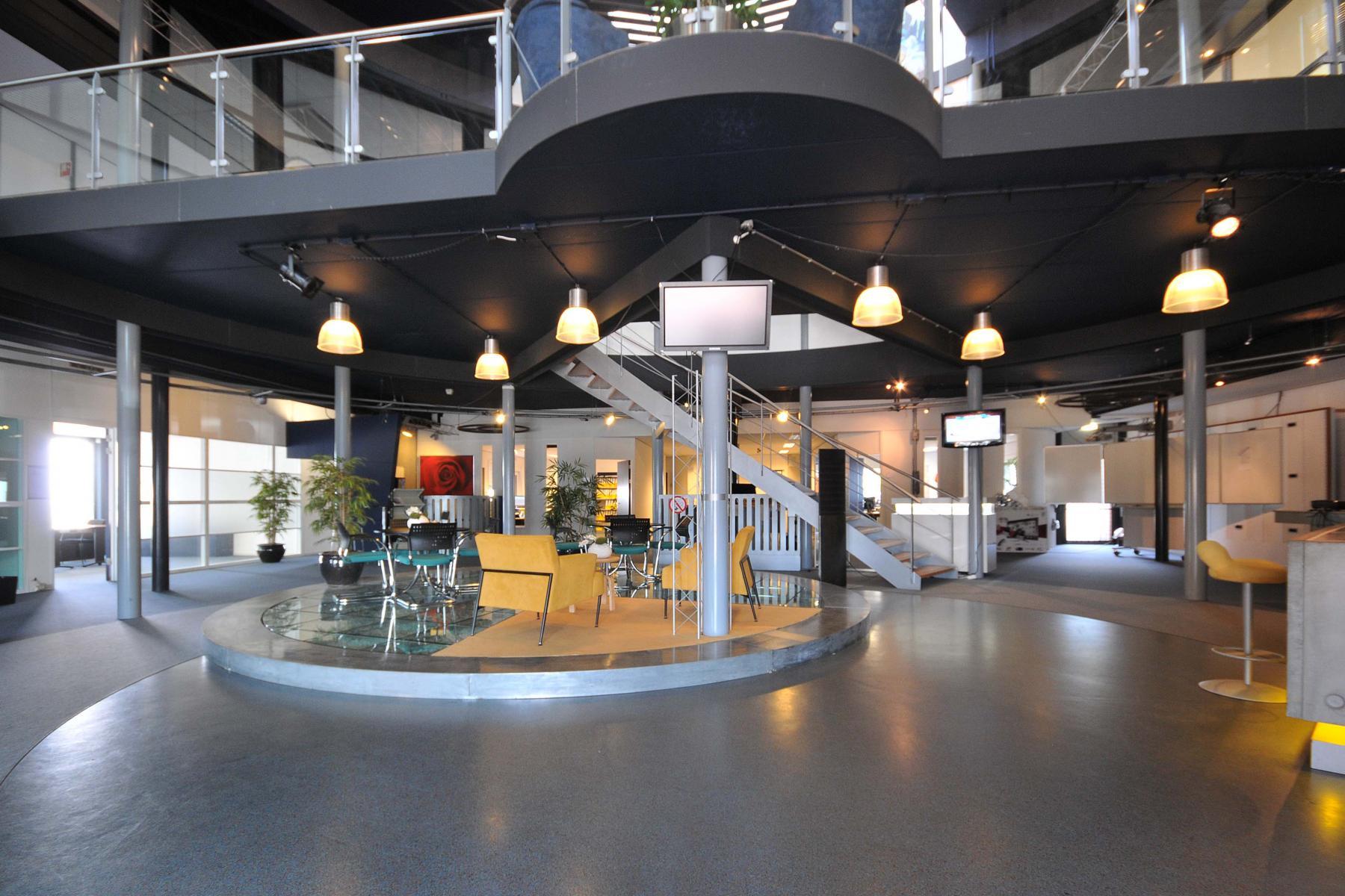 begane grond kantoorpand loungeruimte te huur duiven stenograaf SKEPP