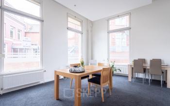 karakteristiek klassiek pand centrum Groningen goed bereikbaar kantoorruimte