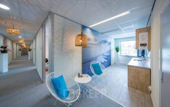 pantry stoel kantoorpand kantoorgebouw Haarlem