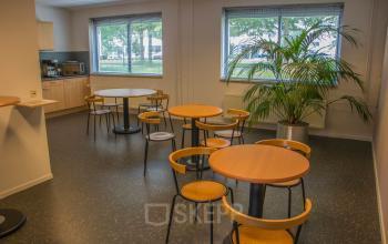 kantoorunit huren Helmond Steenovenweg met prachtig uitzicht