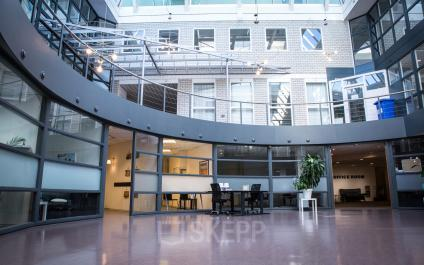 inside room office space for rent hoofddorp