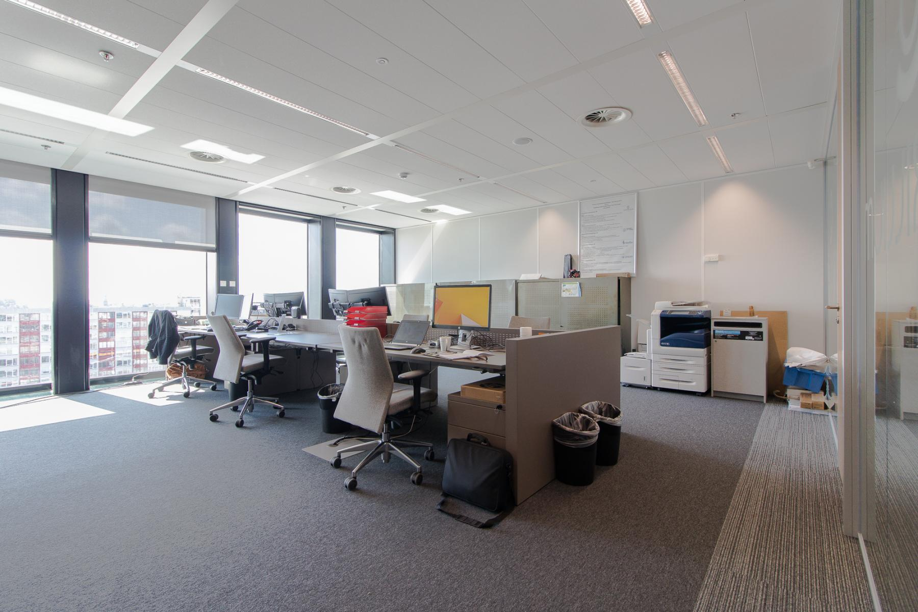 Modern office spaces in Leiden for rent