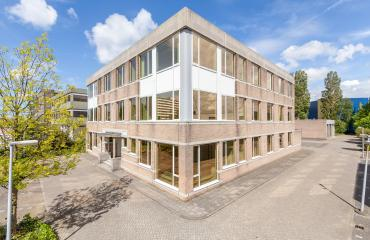 working places and office room for rent in leiden