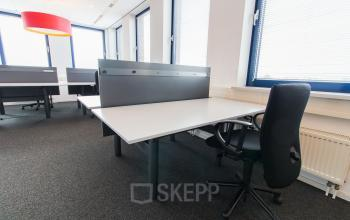 Recently renovated flexdesks for rent