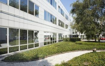 groen tuin kantoor naarden gooimeer ramen bomen