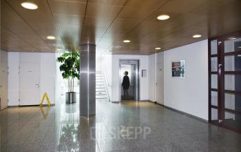 entree gemeenschappelijke ruimte planten muren kantoor naarden gooimeer