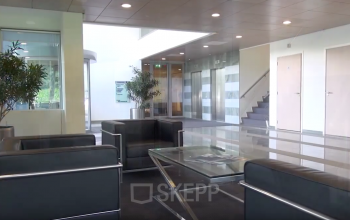 Lobby binnenzijde hal huren SKEPP