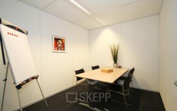 gemeubileerde vergaderruimte huren kantoorgebouw Amsterdam