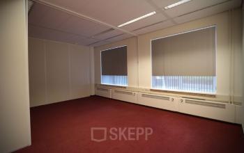 kantoorkamer kantoorruimte kantoorpand Roermond SKEPP