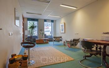 rolstoeltoegankelijke kantoorkamer huren aan westblaak in rotterdam