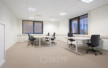 kantoorunit gemeubileerd ramen vloerbedekking te huur rotterdam alexander SKEPP