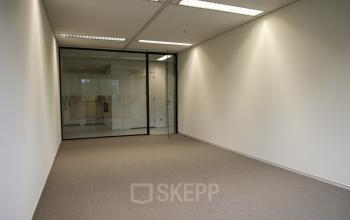 beschikbare kantoorkamer rotterdam alexander
