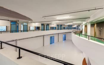 kantoorkamer huren aan rotterdam vareseweg met 24/7 toegang