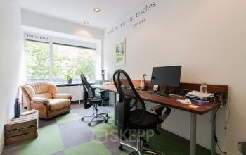 Possible office space at the Zomerhofstraat Rotterdam